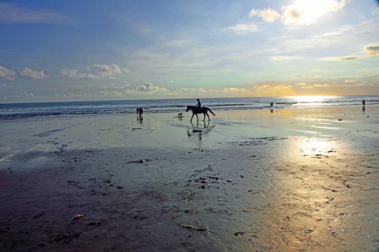 Reiter am Jimbaran Beach