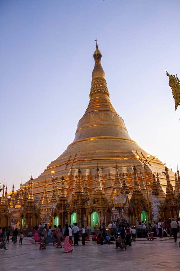 4-Shwedagon-Pagoda