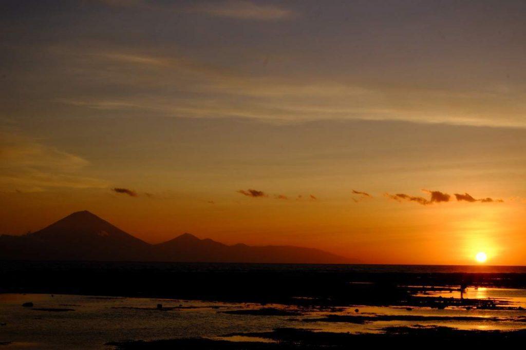 indonesien - Ute - Sonnenuntergang