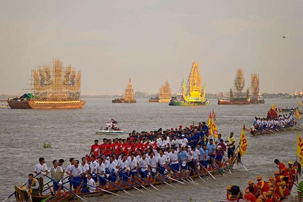 Wasserfest in Kambodscha