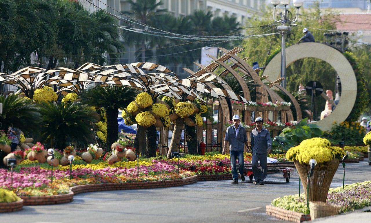 Vietnam - Saigon - Blumen Dekoration