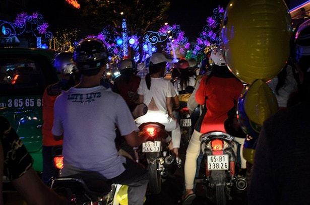 Vietnam - Tet-Fest - Roller