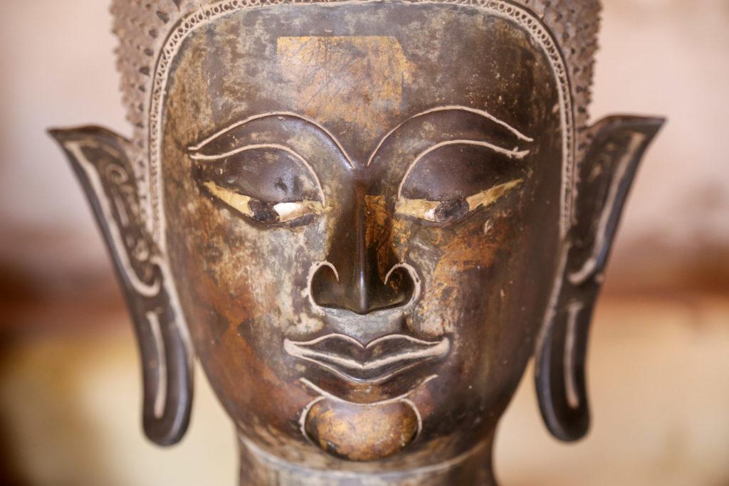 Buddhastatue Gesicht
